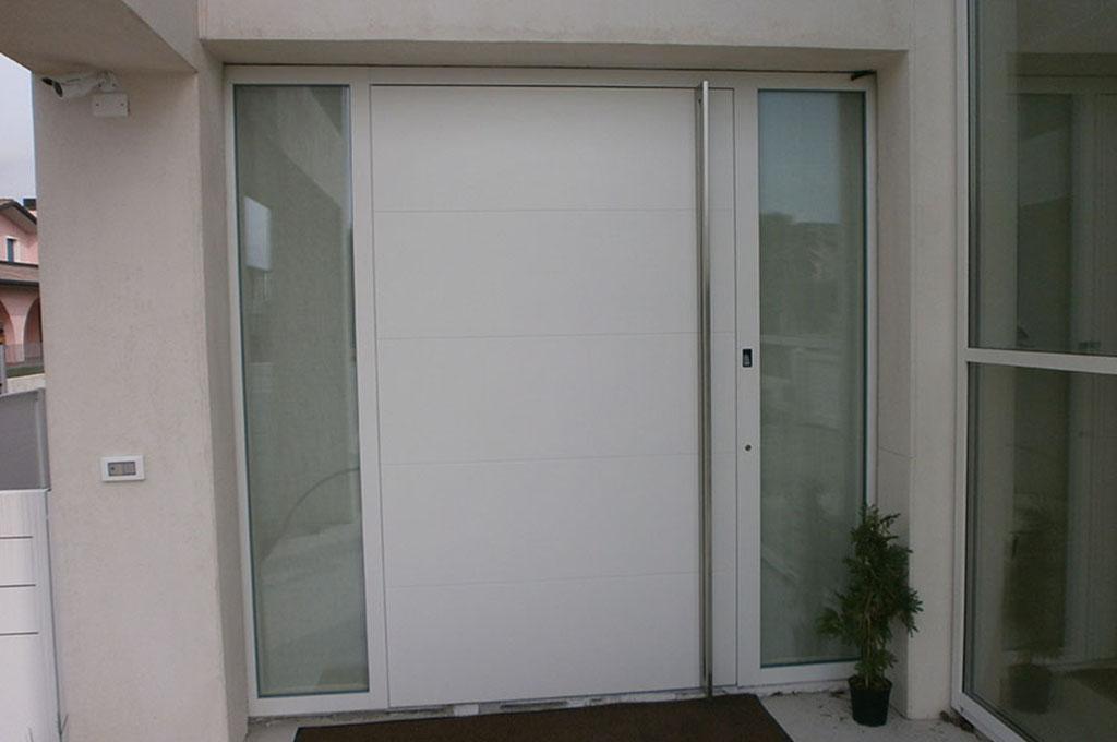 Porte blindate in alluminio a padova vicenza treviso for Porte d ingresso